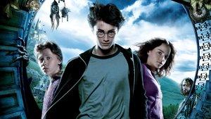 Смотреть фильм «Гарри Поттер и узник Азкабана» онлайн
