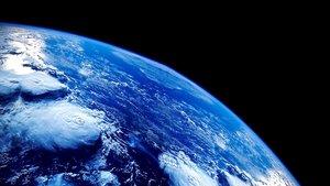 Смотреть сериал «BBC: Планета Земля»