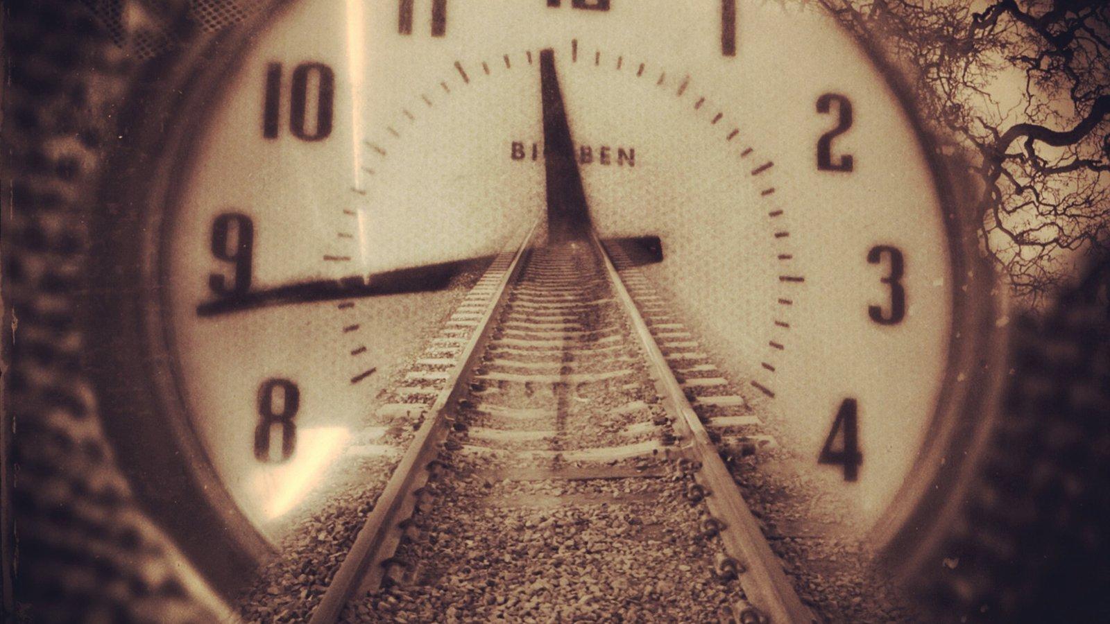 Подборка фильмов и сериалов про путешествия во времени и пространстве
