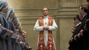 Смотреть сериал «Молодой Папа»