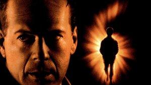 Смотреть фильм «Шестое чувство» онлайн