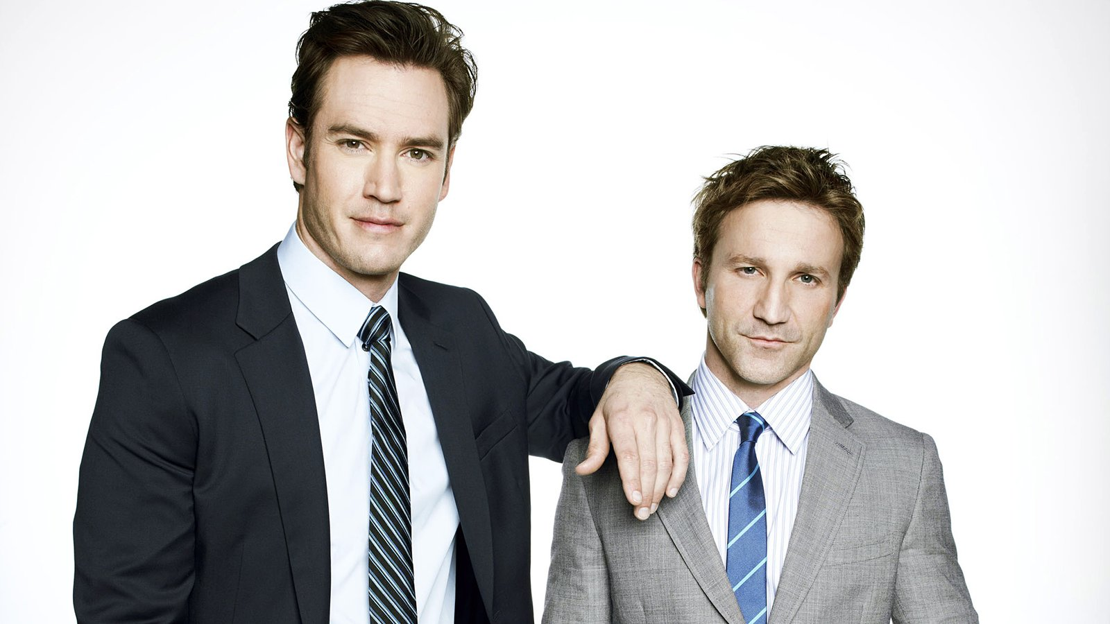 Компаньоны / Franklin & Bash background
