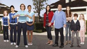 Смотреть сериал «Соседи»